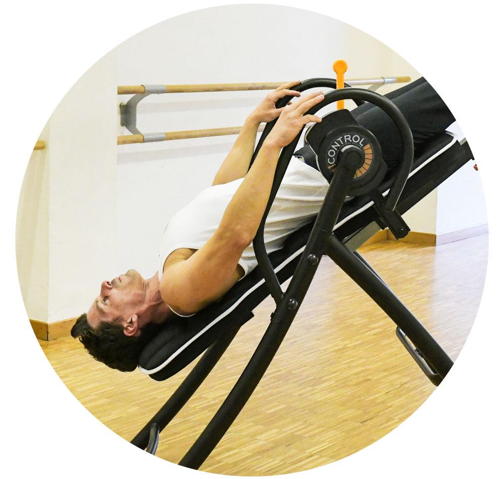 centro-personal-trainer-dimensione-benessere-panca-inversione